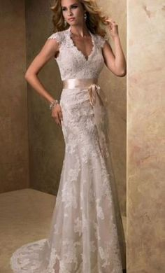 Maggie Sottero Bronwyn 6: buy this dress for a fraction of the salon price on PreOwnedWeddingDresses.com