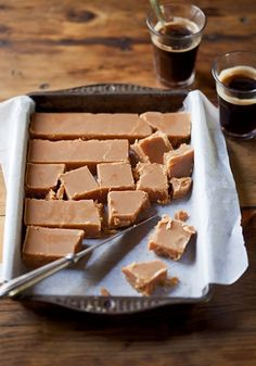 Classic fudge is the perfect recipe with . Find these and other recipes on EatOut Fudge Recipes, Candy Recipes, Sweet Recipes, Dessert Recipes, Classic Fudge Recipe, Chocolate Toffee Bars, Chocolate Truffles, Easy Desserts, Delicious Desserts