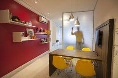 #projetosHAUS Office das @catarinasdesign Projeto Super Cool para uma empresa super cool. #Haus #instadesign #corporativo #officedecor #designdeinteriores #design #interiordesign #lifestyle #office #styledecor #style #homedesign #interiorstyling #interiordecor #interiors #decor   #brazilinteriordesign #mood #interiores #decoracaodeinteriores #braziliandesign #instadecor #homedecor #mood #cores #arquitetura…