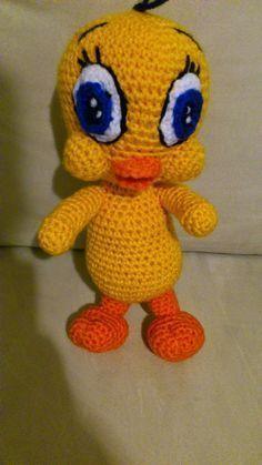 Piolin Amigurumi-Translate to English! Crochet Doll Pattern, Crochet Patterns Amigurumi, Crochet Dolls, Crochet Crafts, Crochet Projects, Free Crochet, Crochet Baby, Knitting Patterns, Amigurumi Free