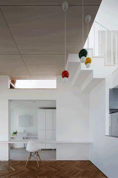 studio LOOP opens all-white voice house in japan onto veranda