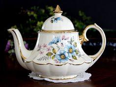 Sadler Tea Pot, Vintage Carousel or Marquee Shaped, 4 Cup Sadler Teapot 14078