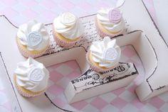Passion 4 baking » Mini Valentine's Cupcakes