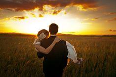 Bride and Groom Photo Ideas | external image bride-and-groom-wedding-sunset.jpg