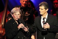 Stars and fans will never say 'Bye Bye Love' to the Everly Brothers, as Music Masters show proves (concert review) | cleveland.com