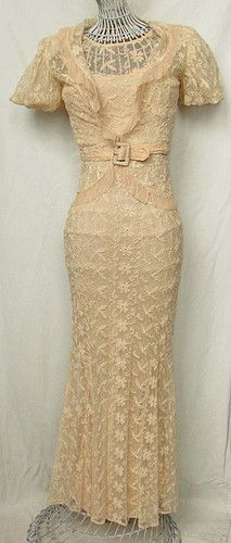 Apricot lace, would look stunning on Virginia in the second novel, for a day trip out on the lake x
