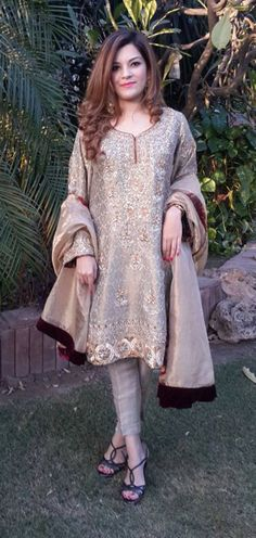 THIS WEEKS BEST DRESSED: 21st FEB Pakistani Formal Dresses, Formal Dresses For Weddings, Pakistani Outfits, Indian Dresses, Indian Outfits, Latest Pakistani Fashion, Pakistani Couture, Indian Fashion, Modest Dresses