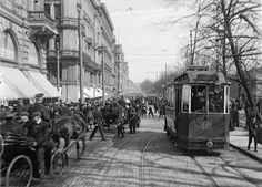 Helsinki in the late Century – Amazing and Rare Photos of Everyday Life in the Capital of Finland in the May Day celebrations in Helsinki Rare Photos, Old Photos, Vintage Photos, Helsinki, History Of Finland, Map Pictures, For Facebook, Historical Pictures, Ancient History