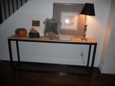 DIY Furniture : DIY Super Easy Console Table