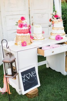 amazing pink + gold wedding cakes by soft peaks cakery in this vibrant oregon wedding by gabriela ines photography