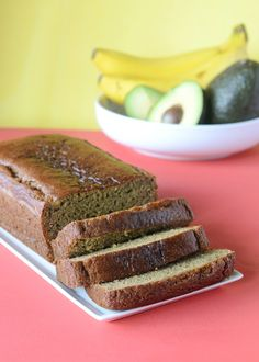 Use avocado instead of butter to make banana bread with a dose of healthy fats and a low measure of guilt. Avocados are cholesterol free, and about 50% of the fat in the gorgeous green fruit comes … Cooking Light Banana Bread, Avocado Dessert, Avocado Cake, Ripe Avocado, Banana Bread Recipes, Avocado Banana Bread, Make Banana Bread, Healthy Banana Bread, Avocado Recipes