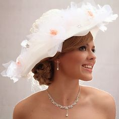 6bb1a45fba72 IMMAGINE  CAPPELLI DA SPOSA INVERNALI 2015 Cappelli Da Sposa