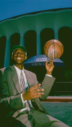Basketball Art, Basketball Pictures, Basketball Players, Sports Pictures, Cool Pictures, Kobe Bryant Michael Jordan, Kobe Bryant Pictures, Kobe Bryant Nba, Kobe Bryant Black Mamba