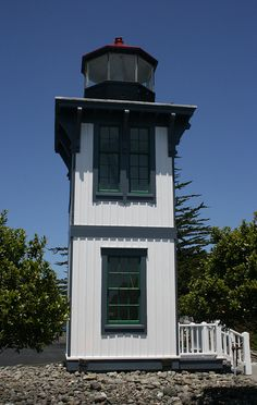 Table Bluff lighthouse [1892 - Eureka, California, USA]