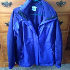 Purple Columbia women's interchange coat size L This is like brand new!! Worn a handful of times. Bought a different coat I like more. It has the fleece for the inner part and detaches from the outer which is like a wind breaker. Women's size L. Two tone purple colored coat. Columbia brand. Very warm! Has a hood. Zipper pockets. Inside pockets don't have zippers. All zippers work perfect. Smoke free home Columbia Jackets & Coats