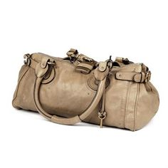 CHLOE-a Paddington classic shoulder bag, the buff colour-washed calf skin with signature lock, key detail and zip front.