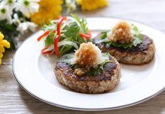 鯖缶ハンバーグ Salmon Burgers, Baked Potato, Steak, Grains, Potatoes, Rice, Baking, Ethnic Recipes, Food