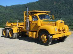 old pickup trucks Old Mack Trucks, Old Pickup Trucks, Big Rig Trucks, Cool Trucks, Semi Trucks, Classic Tractor, Classic Trucks, Classic Cars, Mack Attack