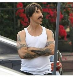 Anthony Kiedis  #anthonykiedis #redhotchilipeppers #rhcp #daddy Anthony Keidis, Soul To Squeeze, John Frusciante, Hottest Chili Pepper, Hair And Beard Styles, Good People, Cool Bands, Music Artists, Cute Boys