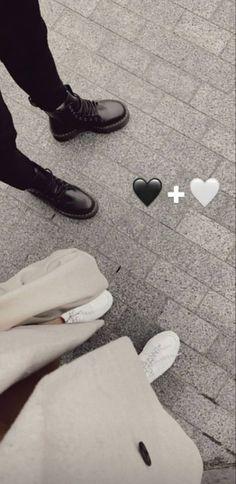 Cute Love Couple, Cute Couple Pictures, Creative Instagram Stories, Instagram Story Ideas, Relationship Goals Pictures, Cute Relationships, Cute Couples Goals, Couple Goals, Rauch Fotografie