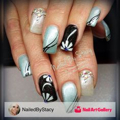 Laffy Taffy Daisy by NailedByStacy via Nail Art Gallery #nailartgallery #nailart #nails #gel #abstract #bridal #trendy #tropical #blue #daisy #elegant #lightelegance