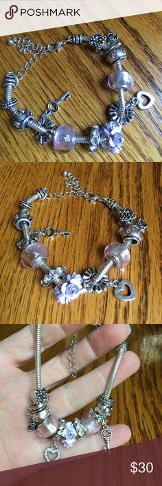 Bracelet🌸 Silvertone bead and charm style bracelet🌸 adjustable size🌸 lobster claw closure🌸 Jewelry Bracelets