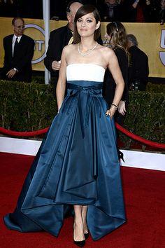 Марион Котийяр в наряде от Dior на торжественной церемонии вручения премий Гильдии киноактеров США, Лос-Анджелес