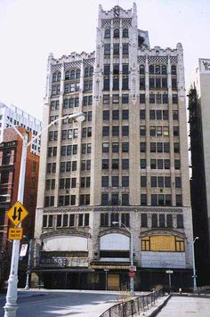 The south facade of the Metropolitan in 2000. Abandoned Metropolitan Building, Detroit MI