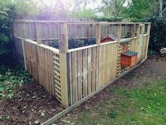 Chicken Coop - DIY chicken coop ideas, plans, roost, shed, garden, run, feeders, simple, small, mobile, walk in and nesting boxes Building a chicken coop does not have to be tricky nor does it have to set you back a ton of scratch.