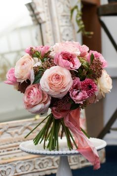 Hello girls If you love pink, I propose a selection of 19 beautiful bouquets! What is your favorite bouquet? 1 2 3 4 5 6 7 8 9 10 11 12 13 14 15 16 17 18 19 See the other colors of the bouquets of flowers: 10 white bouquets Spring Wedding Flowers, Bridal Flowers, Flower Bouquet Wedding, Floral Wedding, Rose Wedding, Wedding Book, Purple Wedding, Amazing Flowers, Pink Flowers