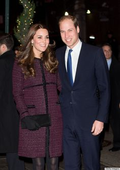 Kate Middleton Kicks Off New York Trip With A Burgundy Bang. Kate looked radiant and gorgeous as ever in a burgundy coat by Seraphine, a favorite label from her first pregnancy. She definitely knows hows to rock the coat. Yeseily P.