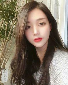Image may contain: 1 person Asian Cute, Cute Asian Girls, Beautiful Asian Girls, Pretty Korean Girls, Cute Korean Girl, Tumbr Girl, Girl Korea, Ulzzang Korean Girl, Makeup Eyes
