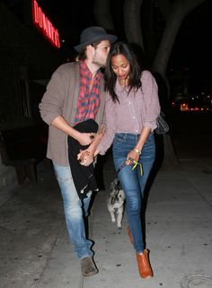 Zoe Saldana and new husband Marco Perego as they dine out in Hollywood Date Outfit Casual, Date Outfits, Famous Couples, Famous Girls, Cute Celebrity Couples, Cute Couples, Kourtney Kardashion, Hollywood Couples, Cute Relationships