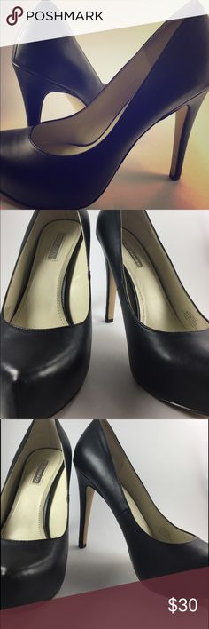 """✔️Beautiful Black Flawless Leather✔️ Black 4"""" Leather BCBGeneration Platform Pumps worn once to an interview. Got The Job✔️✔️✔️Get These LUCKY Pumps BCBGeneration Shoes Heels"""