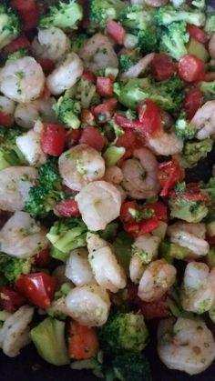 Shrimp, broccoli & tomato