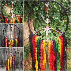 Dream Catcher Boho, Hippie Art, Bees Knees, Wall Decor, Wall Art, Sun Catcher, Inspire Others, Peace And Love, Boho Decor