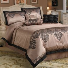 pink comforter | Fontaine 7-piece dusty pink Comforter Set - JustCampus