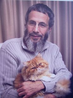 Cat Stevens with a cat! Oh my goodness, perfection, love it!