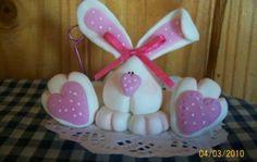 conejo elaborado en porcelana fria