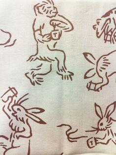 タリーズ歌舞伎座限定の手ぬぐい。鳥獣戯画並べてロゴ入れただけかなと思ったら、みんなコーヒー片手だったw ... on Twitpic