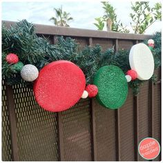 Use Foam Circles to Create a Holiday Outdoor Garland