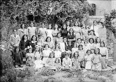 المدرسة الاهلية في المصرارة ، القدس - فلسطين 1943م  The community school in almsararh, Jerusalem, Palestine, 1943 m