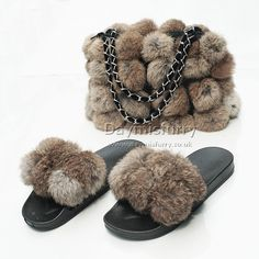 £44.00 #ootd #fur #bag #furbag #pompom #furpompom #slipper #furslipper #slides #furslides #womenswear #womenfashion #womenstyle #ladyfashion #ladystyle #ladyoutfit #accessory #handmade #boutique #boutiquefashion #londonfashion #londonstyle #gift #giftforher #rabbitfur #set #new U Rock, Boutique Fashion, Fur Bag, Ootd, Fur Pom Pom, Rabbit Fur, Fur Slides, Lady, Purses And Bags