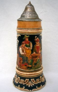 OUTSTANDING VINTAGE Ca 1930/40's GERMAN MUSICAL BEER STEIN WITH THORENS MOVEMENT