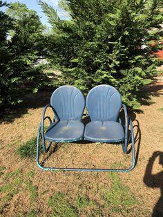 Vintage Metal Glider, Vintage Metal Chairs, Vintage Outdoor Furniture, Metal Garden Furniture, Metal Patio Chairs, Patio Furniture For Sale, Vintage Porch, Porch Furniture, Antique Metal