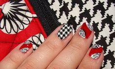Nail art inspired by Deco Daisy