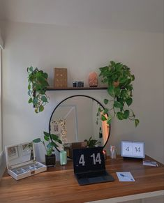 Cute Room Ideas, Cute Room Decor, Room Ideas Bedroom, Bedroom Decor, Bedroom Inspo, Indie Room, Minimalist Room, Pretty Room, Aesthetic Room Decor