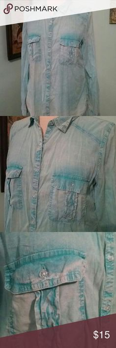 Maurices size L very soft button down turquoise Great condition. .soft. Ombre look Maurices Tops Button Down Shirts