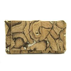 Raw cork wallet with golden details for woman - handmade - Interior Stylist, Clutch, Artisanal, Bow Ties, Leather Fashion, Wood Grain, Sustainable Fashion, Leather Purses, Vegan Leather