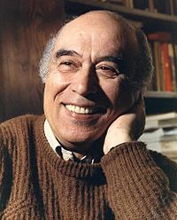 """Fernando Namora (1919-1989) was a writer endowed with a profound capacity for psychological analysis, inseparable from a great sensibility and poetic language. Besides the works of poetry and novels, he wrote  stories, memories and impressions of travel, especially the writer's notebooks, which provide a constant dialogue with the reader, openness to other cultures, lands and people, such as vision of a changing world, as expressed in """"Estamos no Vento""""."""